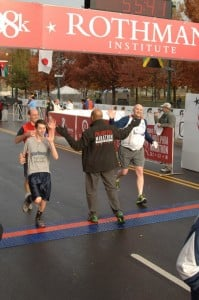 Gary, Ben, & Scott giving Philly Mayor Nutter a high-five at the finish line.
